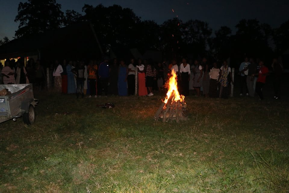 camp jeunes feu de camp